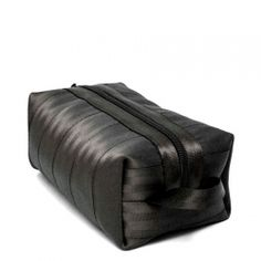 Harveys Mens seatbelt washbag
