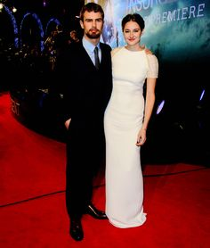 Shailene Woodley and Theo James at 'Insurgent' World Premiere in London 03/11/2015