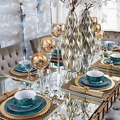 Covet group i dinner table ideas. Dining Room Table Decor, Elegant Dining Room, Luxury Dining Room, Deco Table, Decoration Table, Living Room Decor, Elegant Table Settings, Beautiful Table Settings, Table Turquoise