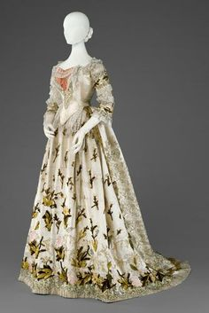 "Dress worn by Empress Elisabeth of Austria (aka ""Sisi""), ca 1880, Kunsthistorisches Museum Vienna"