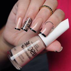 124 Pegatinas y Stickers para Uñas con brillos y figuras – Información imágenes Glam Nails, Nail Manicure, My Nails, Gel Nail, How To Do Nails, Beauty Makeup, Beauty Hacks, Finger, Nail Designs