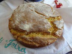 Broa – Portuguese Corn Bread http://portuguesediner.com/tiamaria/broa-corn-bread/