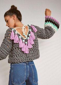 Fabulous Crochet a Little Black Crochet Dress Ideas. Georgeous Crochet a Little Black Crochet Dress Ideas. Crochet Jumper, Black Crochet Dress, Crochet Crop Top, Chunky Crochet, Knitted Poncho, Crochet Cardigan, Crochet Scarves, Crochet Clothes, Knit Crochet