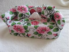 Wesega / Dekoračný obal na papierové vreckovky-kvetový II