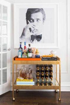 Top 70 Best Home Mini Bar Ideas - Cool Beverage Storage Spots - Wohnen - Home Bar Decor, Bar Cart Decor, Bar Cart Styling, Bar Home, Mini Bars, Living Pequeños, Living Room Bar, Modern Living, Clean Living