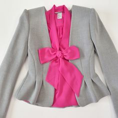 d8ea690b64e H M fitted gray blazer and pink bow bloise Roupas Para Igreja