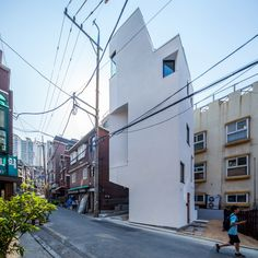 Crevice House in Seoul by  ThEPlus Architects