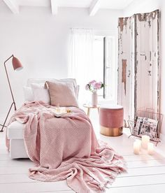 Best Blush Pink And Lovely Bedroom Design Ideas Part 11 ; pink bedroom ideas for women; pink bedroom ideas for kids; pink bedroom ideas for adults; pink bedroom grown up Blush Pink Bedroom, Pastel Bedroom, Pink Bedroom Decor, Pink Bedrooms, Pink Room, Bedroom Ideas, Cool Room Designs, Small Apartment Decorating, My New Room