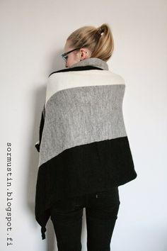 Sormustin: Koneneulottu peitto. Blanket knitted with knittingmachine.