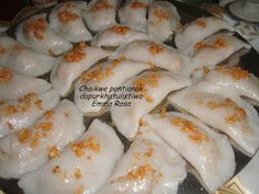 If you are looking for nice Resep Kue Yang Di Goreng cooking recipes you've come to the right place. Indonesian Desserts, Indonesian Cuisine, Asian Desserts, Chinese Desserts, Indonesian Recipes, Choi Pan Recipe, Quesadillas, Enchiladas, Malay Food