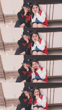 Loona Heejin and JYP trainee Shin Ryujin Bff Poses, Sister Poses, Friend Poses Photography, Dreamy Photography, Kpop Girl Groups, Kpop Girls, Cosmic Girl, Lee Hi, Korean Best Friends