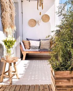 Summertime and the l Small Balcony Design, Small Balcony Decor, Balcony Decoration, Balcony Ideas, Small Patio, Patio Ideas, Balcony Furniture, Outdoor Furniture Sets, Outdoor Sofa
