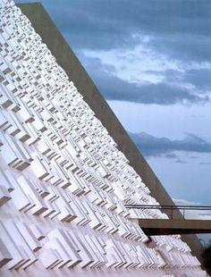 Architect Day: Oscar Niemeyer