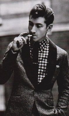 Alex Turner from Arctic Monkeys, there is just something about that old school look ^_^