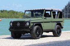Seemingly unrestored, this 1991 Mercedes-Benz 250 GD SUV is highly desirable regardless. A two-door, short wheelbase convertible, it's powered by a inline five-cylinder diesel. Mercedes Benz Germany, Mercedes Benz Autos, Mercedes G Wagon, Mercedes Benz G Class, Bmw 507, 4x4, Classic Mercedes, Custom Trucks, Suv Vehicles