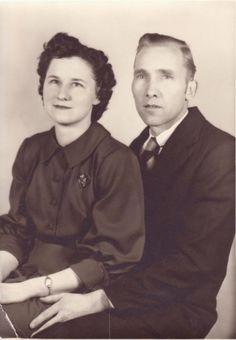 Mom & Dad (Frances & Waldo Johansen)