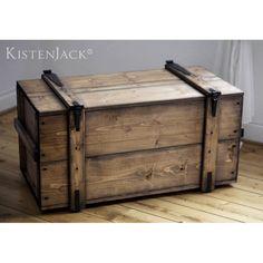 Gut Truhen   Holzkiste Truhe Couchtisch Pure Eleganz Ll Vintage   Ein  Designerstück Von Kistenjack Bei DaWanda