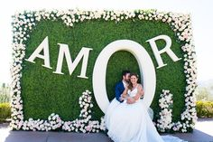 Destination Wedding Na Califórnia: Carolina & Douglas - IC Diy Backdrop, Backdrop Decorations, Backdrops, Wedding Crafts, Diy Wedding, Wedding Reception, Wedding Planner, Destination Wedding, Church Wedding Decorations