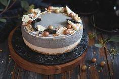 Salmiakkikakku paahdetulla valkosuklaalla Pinterest Recipes, Pinterest Food, Food Inspiration, Cheesecake, Birthday Cake, Gluten Free, Pudding, Baking, Sweet