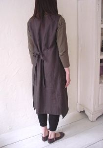 Linnet pattern #N21 Apron style overdress back view , same ties in front & back.
