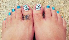 Polka dot toes