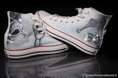 Converse, Vans, Girl Things, Painted Shoes, Superga, Dr. Martens, Fashion Shoes, Weird, Sneakers