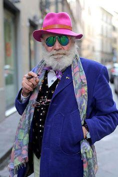 Ari Seth Cohen: Stylish Senior Who Refuse to Wear Old-People Clothes Look Fashion, Runway Fashion, Mens Fashion, Street Fashion, Mode Masculine, Ari Seth Cohen, Estilo Hippy, Look Man, Advanced Style