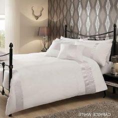 WHITE Duvet Cover Cream Duvet Covers, Bed Duvet Covers, Christmas Bedding, 3d Christmas, Gold Bedding, Bedding Sets, Beds For Sale, Discount Bedding, Bed Linen