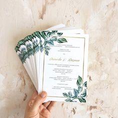 © PAPIRA invitatii de nunta personalizate // Anything botanical was a favorite this wedding season.  // #papiradesign #papirainvitations #invitatiidenunta #invitatiinunta #weddinginvitations