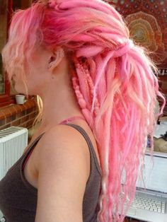 Dreads they re like big yarns of wool i bet she smells of a lush shop! yarn dreads diy dreadlocks dreadlocks yarn diy dreadlocks yarn diy diy yarn dreadlocks how to make diy dreadlocks with yarn yarn dreads diy dreadlocks diy fake dreadlocks yarn Pink Dreads, Yarn Dreads, Blonde Dreads, Dyed Dreads, Locs, Ombré Hair, Hair Dos, Mundo Hippie, Hair Colors