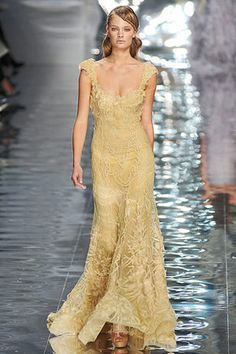 Google Image Result for http://www.starstyleinc.com/elie-saab-spring-2010-haute-couture-gown-pic65433.jpg
