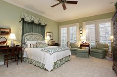219 SUGARBERRY CIRCLE HOUSTON, TX 77024: Photo