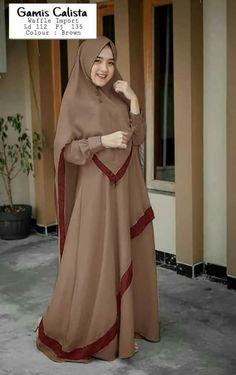 Mode Abaya, Mode Hijab, Abaya Fashion, Fashion Outfits, Moslem Fashion, Hijab Style Dress, Kente Styles, Abaya Designs, Muslim Dress