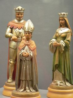 Carved and Painted Gilded Wood Chess Set portraying King Arthur and the Knight of the Round Table Italy 20th century