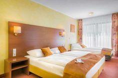 Novum Rega Hotel Stuttgart, Stuttgart, Standard háromágyas szoba, Vendégszoba