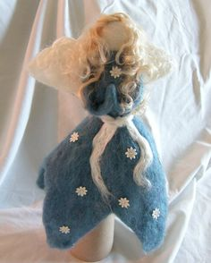 Felted tree topper from Etsy