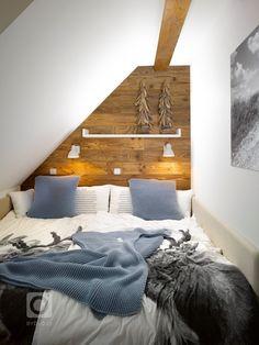 Víkendy trávené na venkově nemusí být vždy podmíněny vlastnictvím chalupy. Dvoupodlažní apartmán v bytovém domě na Šumavě nabízí atmosféru horské chalupy,…