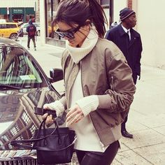 """""""✔✔✔ #kendalljenner #fashion #fashionicon #fashioninspo #ootd #ootn #outfitoftheday #lovethislook #lookoftheday #streetstyle #goals #inspo #inlove"""" Photo taken by @thecurvyfashionista_ on Instagram, pinned via the InstaPin iOS App! http://www.instapinapp.com (03/11/2015)"""
