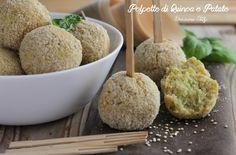 Queste Polpette di Quinoa e Patate sono davvero buonissime da mangiare. Senza frittura, ma cotte al forno quindi una ricetta leggerissima :)