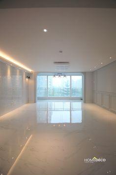 Kardashian Home Interior .Kardashian Home Interior Home Room Design, Home Interior Design, Living Room Designs, House Design, Interior Plants, Cheap Rustic Decor, Cheap Home Decor, Bedroom Floor Tiles, Kardashian Home