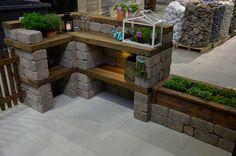 Bilderesultat for utekjøkken Outdoor Kitchen Design, Modern Kitchen Design, Outdoor Fun, Outdoor Decor, Patio Bar, Pool Decks, Garden Pool, Outdoor Living, Outdoor Furniture Sets