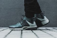 half off 2b3b3 11f0b Get a Closer Look at the Nike Air Presto Mid Utility s Weatherized  Construction