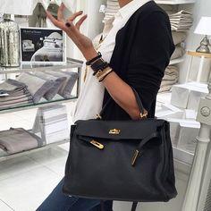 Love this HERMÈS Kelly Bag in Black from @mishahhh #HERMESBag #HermesKelly #HermesKellyBag