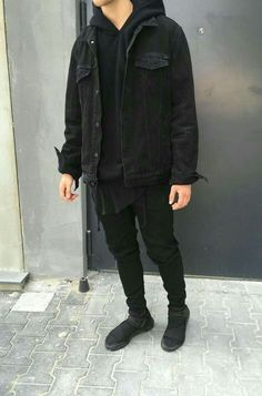 beautiful autumn-outfits-teenager-young-black-denim jacket Source by marleenbngen Mode Outfits, Grunge Outfits, Fall Outfits, Urban Style Outfits Men, Fresh Outfits, Black Outfits, Men Street, Street Wear, Teenager Mode