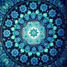#magicaljungle #johannabasford #prismacolorpencils #adultcoloring #coloringforadults