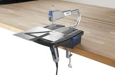 The quiet high-speed motor with variable speed control ensures optimal cutting in a variety of materials.