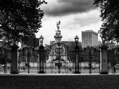 Entrance Gate at Buckingham Palace with Victoria Memorial - London - UK - England - United Kingdom Photographic Print by Philippe Hugonnard at AllPosters.com