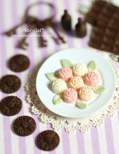 *薔薇とマーガレットチョコ* - *Nunu's HouseのミニチュアBlog* 1/12サイズのミニチュアの食べ物、雑貨などの制作blogです。