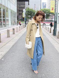 草野春香さんの「【FEMININE】AライントレンチCT(MURUA)」を使ったコーディネート