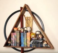 Harry Potter floating shelf Harry Potter Floating Shelf: 9 Steps (with Pictures) - Unique Wallpaper Quotes Baby Harry Potter, Deco Harry Potter, Harry Potter Thema, Harry Potter Nursery, Theme Harry Potter, Harry Potter Style, Harry Potter Facts, Harry Potter Products, Harry Potter Drawings